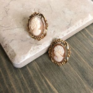 Jewelry - Vintage 12k Gold Plated Cameo Earrings